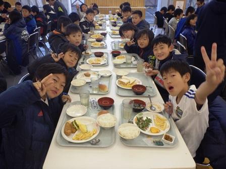 http://fureai-aikawa.com/blog/uploaded/20171203%20%283%29.JPG